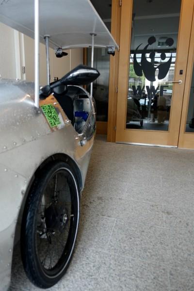 Batteries rechargées auprès du petit panda. Ca ne peut qu'être du courant vert, non?
